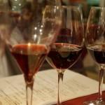 同じ会社、同じブドウ品種をつかった2つのブランドの飲み比べ。